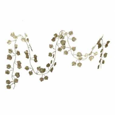 1x kerstboom guirlandes/slingers met gouden bladeren 200 cm versiering