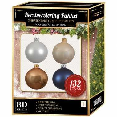 Kerstboom 132 stuks kerstballen mix wit-beige-donkerblauw voor 180 cm boom versiering