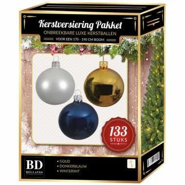 Kerstboom 133 stuks kerstballen mix wit-goud-donkerblauw voor 180 cm boom versiering