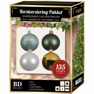 Kerstboom 135 stuks kerstballen mix wit-mint-goud-groen voor 180 cm boom versiering