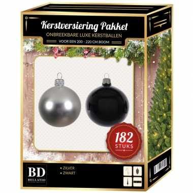 Kerstboom 182 stuks kerstballen mix zilver-zwart voor 210 cm boom versiering