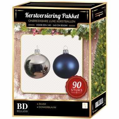 Kerstboom kerstballen set kunststof 90-delig voor 150cm zilver/donkerblauw versiering