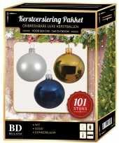 Kerstboom 101 stuks kerstballen mix wit goud donkerblauw voor 150 cm boom versiering