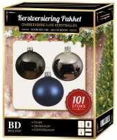 Kerstboom 101 stuks kerstballen mix zilver grijs blauw voor 150 cm boom versiering