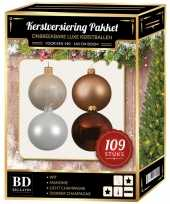 Kerstboom 109x kerstballen mix champagne wit bruin voor 150 cm boom versiering