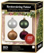 Kerstboom 132 stuks kerstballen mix wit beige rood groen voor 180 cm boom versiering