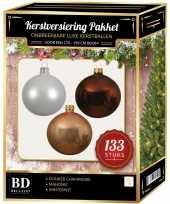 Kerstboom 133 stuks kerstballen mix wit beige mahonie voor 180 cm boom versiering