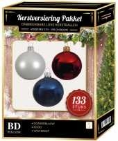 Kerstboom 133 stuks kerstballen mix wit donkerblauw rood voor 180 cm boom versiering