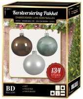 Kerstboom 134 stuks kerstballen mix wit mint bruin voor 180 cm boom versiering