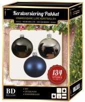 Kerstboom 134 stuks kerstballen mix zilver grijs blauw voor 180 cm boom versiering