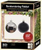 Kerstboom 137 stuks kerstballen mix zilver zwart voor 180 cm boom versiering