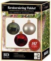 Kerstboom 147x kerstballen mix donkergroen beige rood voor 180 cm boom versiering