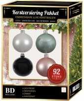 Kerstboom 92 stuks kerstballen mix wit mint roze zwart voor 150 cm boom versiering