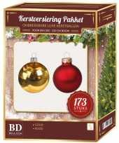 Kerstboom kerstballen en piek set 173 dlg kunststof 210 cm boom rood goud versiering